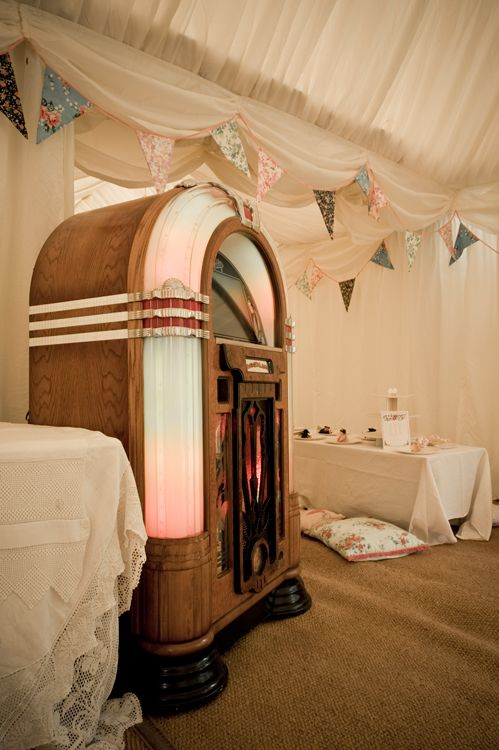 Gorgeous summer fete wedding, love the Juke box idea!