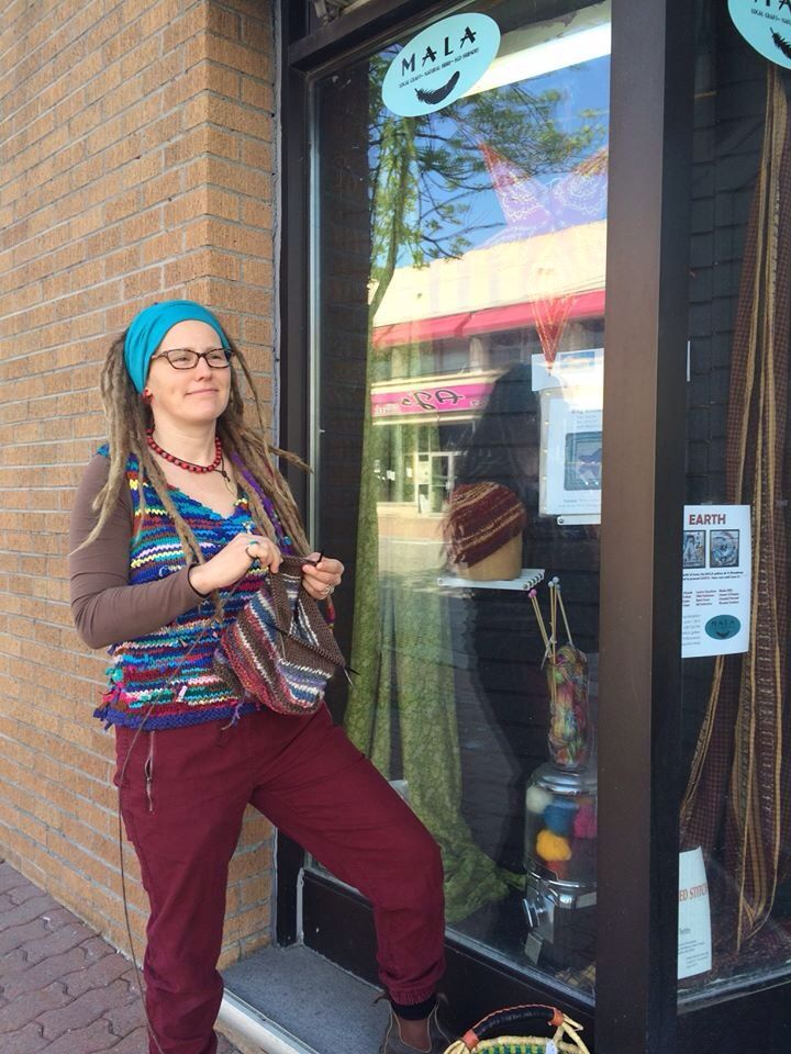 Hang'in out knitting on Broadway:)... Corner Brook, NL