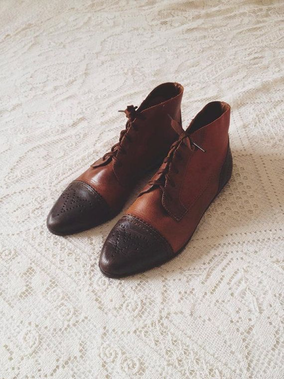 vintage multi-toned leather oxford boots - size 7.5