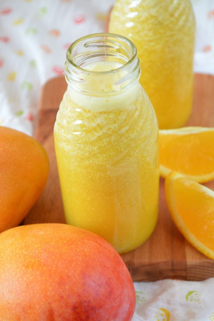 Weight Loss Smoothies - Orange Smoothie recipe:  Mix: 250 ml freshly squeezed orange juice, 1 cut dried fig, 1 dried apricot (previously soaked in water or apple juice), 1 teaspoon of flax seed, 1 teaspoon of wheat germ, 1 teaspoon of brewer's yeast