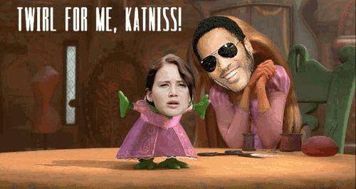 Lol haha funny pics / pictures / Hunger Games Humor / Katniss / Cinna / Tangled / Disney Humor / Princess / Lizard / Pet