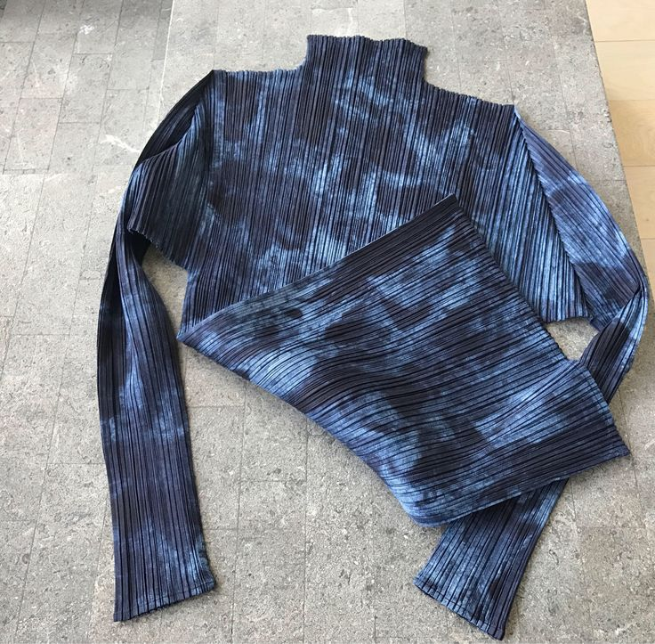 Issey Miyake pleats please top, vintage Issey Miyake colorful top ,shirt ,pleated long sleeves top, Authentic Issey miyake geometric top by NUKOBRANDS on Etsy https://www.etsy.com/listing/557328128/issey-miyake-pleats-please-top-vintage