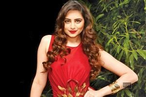 Zoya Afroz : I knew Sonali would do well in Bigg Boss http://toi.in/5VTzJa