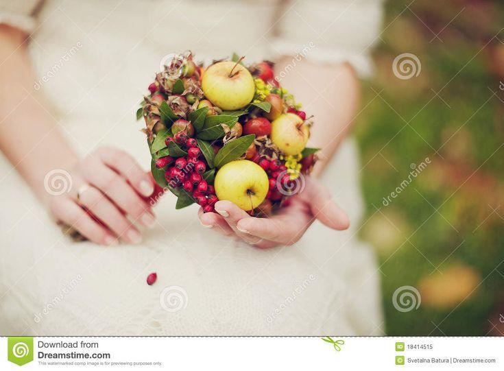 Bruid En Haar Bloemen - herfstboeket