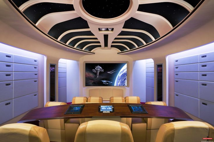 Home cinema inrichting star trek.