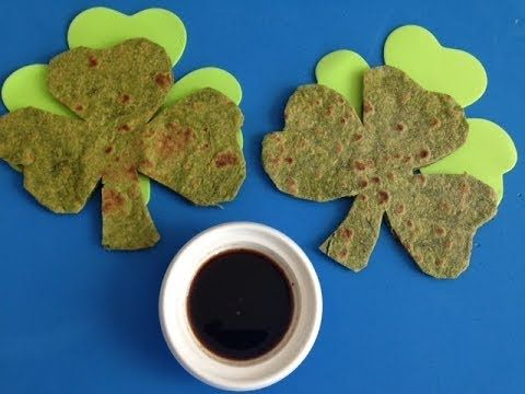 How to make Shamrock Flatbread? Easy spinach flatbread Recipe in Cloverl...