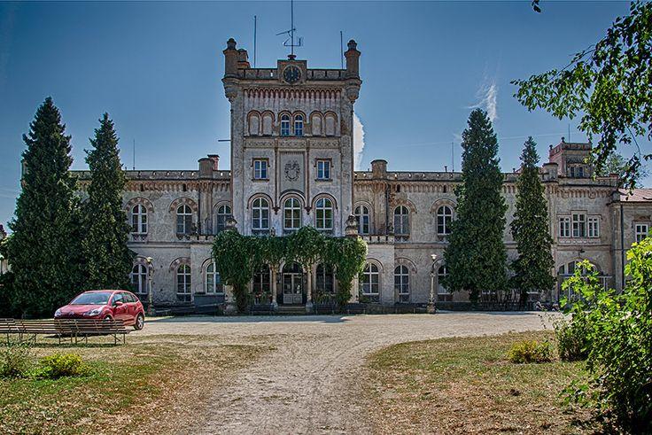nový zámek / new castle Jevišovice