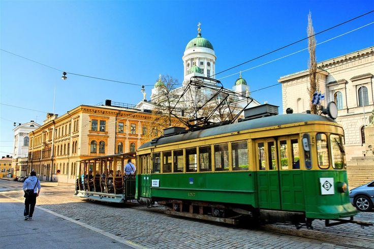 Straßenbahn und Dom in Helsinki - Foto: Niclas Sjöblom