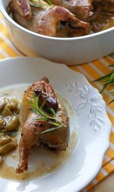Сибирская кухня. Запеченная перепелка, маринованная в белом вине