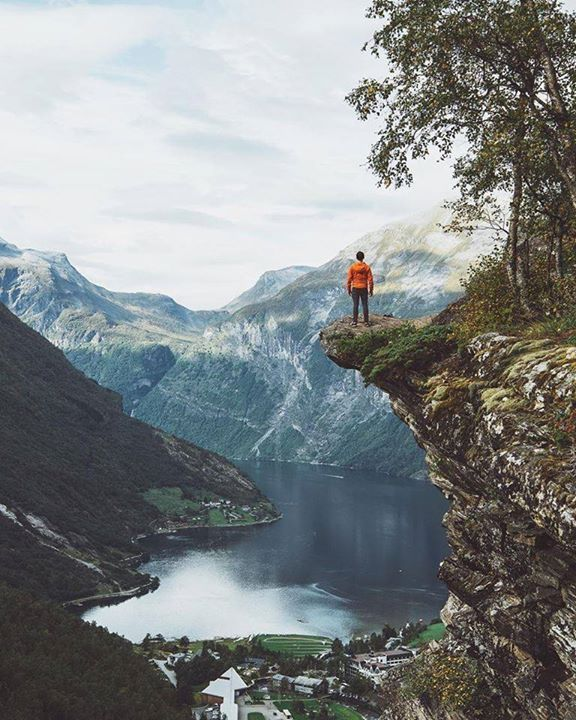 This view is epic! | Geirangerfjord Norway |  Johan Lolos Say Yes To Adventure