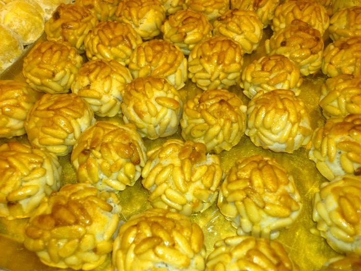 Dulces típicos de Todos los Santos, en la pastelería Fantoba