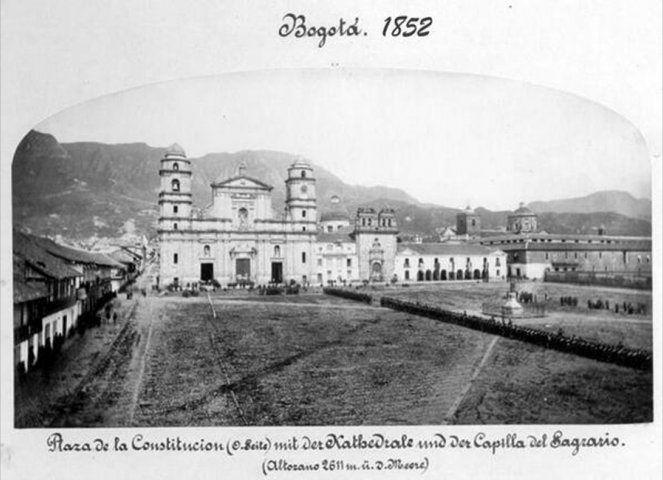 Imágenes de la construcción de Bogotá desde sus inicios, éstos centrados desde La Candelaria, epicentro de la historia de la capital de Colombia.