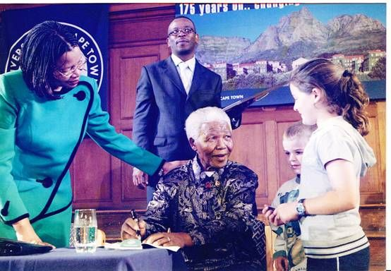 Yael and Jonathan Benjamin with Nelson Mandela at UCT in 2002. Submitted by Judy Benjamin