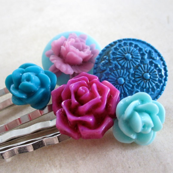 Flower Bobby Pins Flower Cabochon Bobby Pins by PaganucciDesigns, $12.00: Cabochon Bobby, Flower Bobby, Flower Cabochon, Silver, Bobby Pins, 12 00