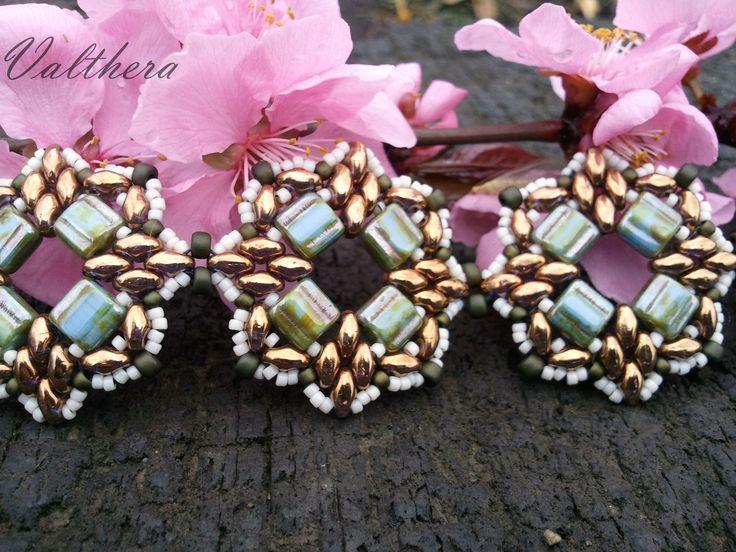 Bracelet Singa. Superduo,  Silky beads, Toho