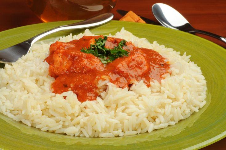 Mükemmel Pilav Nasıl Yapılır? // Mutfak ile ilgilenmeye başlayanların veya yalnız yaşayanların en aşina olduğu yemek çeşitlerinden biridir pilav.