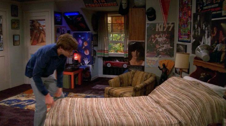 Bed movie scene couple google movie scene for Scene bedroom designs
