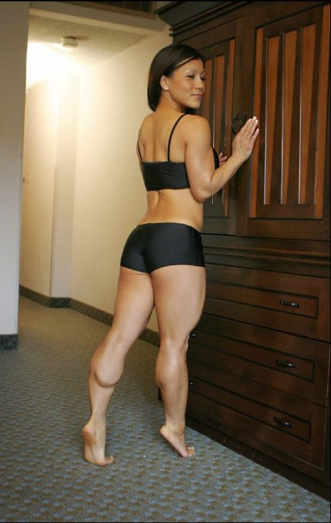 muscular-female-calves: Sandy Vu full gallery: www.her