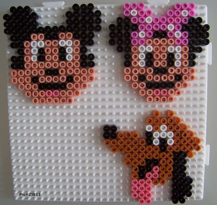 perles hama mickey et minnie les loisirs de pat disney pinterest. Black Bedroom Furniture Sets. Home Design Ideas