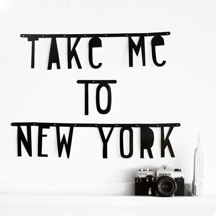 Take me to New York! http://www.modemusthaves.com/musthaves.html