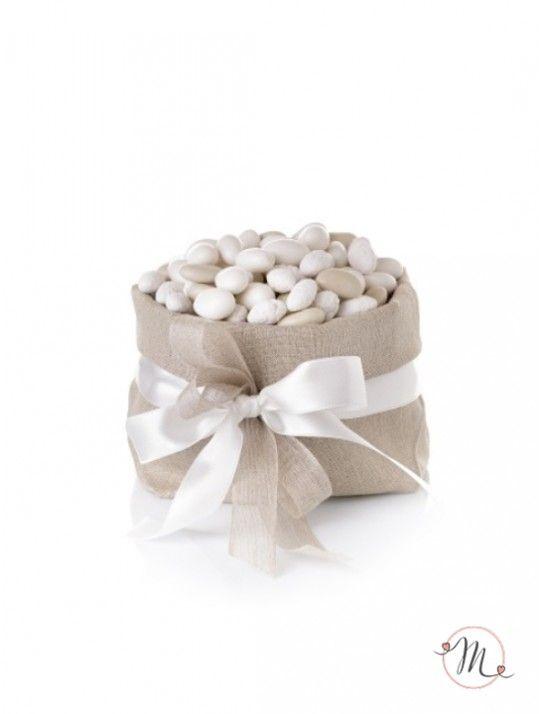 Speciale Confettata Maxtris da 11kg. Ideale per allestire la vostra confettata.  I gusti dei confetti saranno tutti diversi e accuratamente scelti per te dal nostro staff.  Non verranno mai spediti prodotti in scadenza o fallati. Disponibile per l'acquisto con incremento di 11 kg di confetti gusti assortiti. In #promozione #confettata #confetti #matrimonio #weddingday #ricevimento