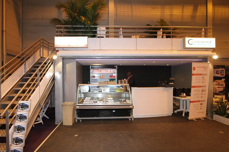 Le container Bar Lounge aménagé en restaurant et en stand pour le salon Bedouk 5