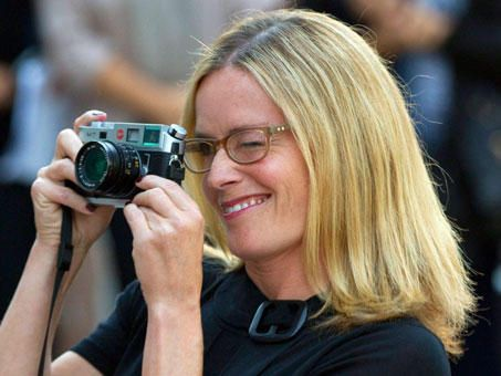 Birthday edition: today's über-cool, über-beautiful celebrity with an über-cool camera: ELISABETH SHUE (on her 49th birthday) with her Leica M7