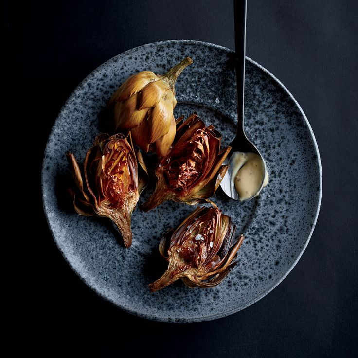 Learn to make these supercrisp and addictive fried artichokes from TV chef Andrew Zimmern on Food & Wine.