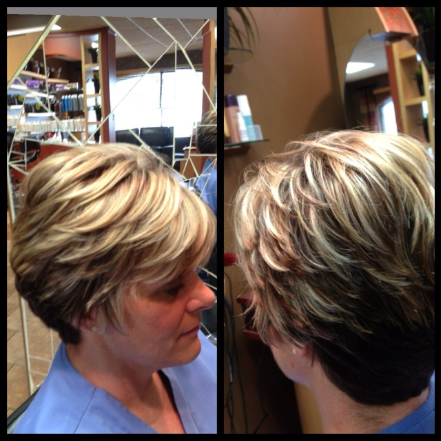 Light  Natural level 5, fine weave level 7 gold beige lowlights, closely spaced highlights with level 9 beige overlay