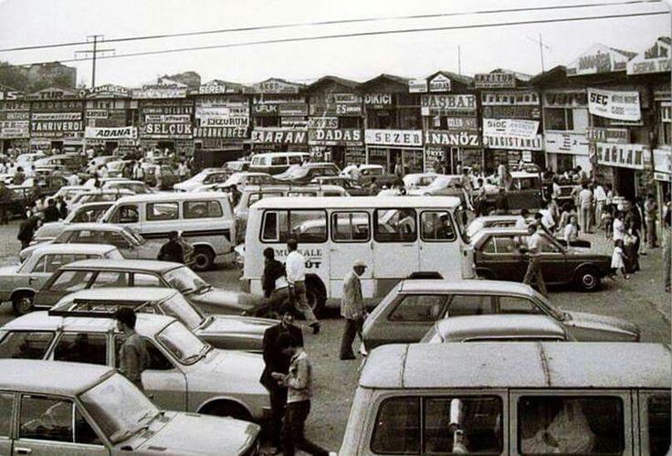 İstanbul' da yaşayıp da burada hatırası olmayan var mıdır acaba?  1980' ler...Topkapı Otogarı