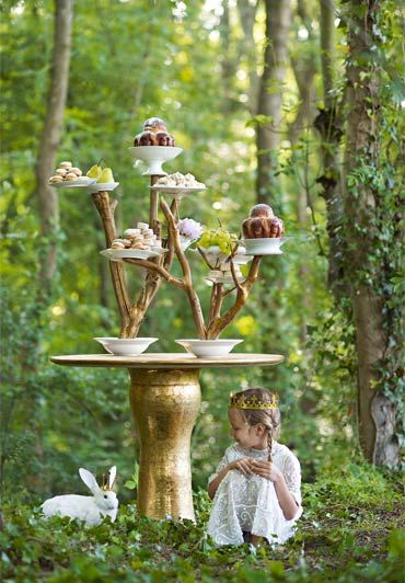 woods, bunnies, cake...what more could you ask for?....... tea time in nature <3 or a mellow wedding cocktail hour