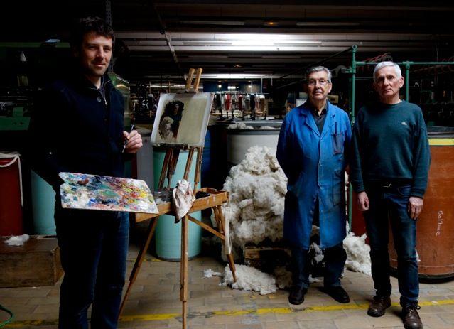 Dans le cadre du Festival Normandie Impressionniste, l'Office de Tourisme proposera cet été de découvrir le regard du peintre Olivier DESVAUX. Le peintre vous invite à faire connaissance avec les femmes et les hommes dont l'activité les lient à la Seine. En attendant l'été, nous vous proposons un avant-goût de l'exposition ! Découvrez Olivier DESVAUX face à ses modèles…avant de vous dévoiler l'ensemble des toiles début juillet. Aujourd'hui, l'Atelier Musée du Textile