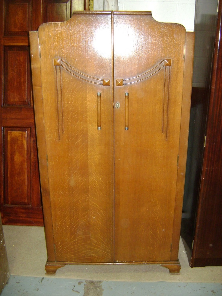 Deccies Done Deal Second Hand Furniture & House Clearances : New Stock Update April 8th 2013: Night Light Holder, Quinny Buzz Buggy, Hall Table, Coffee Table, Glass Display Unit, Dressing Tables, Wardrobes, Lamps, Cases, Doors, Bidet