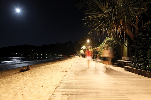 Noosa Beach boardwalk