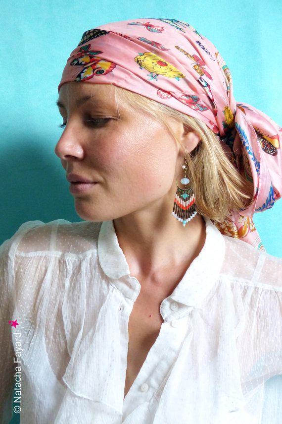 Ethno-Stil und chic Boho für diese lange leichte Ohrringe, gewebte Hand-, Mikro Makramee und japanischen Miyuki Rocailles Perlen. Designed und hergestellt in Frankreich, französische Designer-Schmuck, handgefertigt.  In einem handgemachten Stoff Tasche ausgeliefert. Ideal für ein Geschenk.  Für Ihre Geschenke kann ich einen Gruß, sowie eine Textkarte hinzufügen. Kontaktieren Sie mich zum Zeitpunkt des Befehls.  Kostenloser Versand mit Tracking in Frankreich.  Ohrringe gewebt Mikro-Makramee…