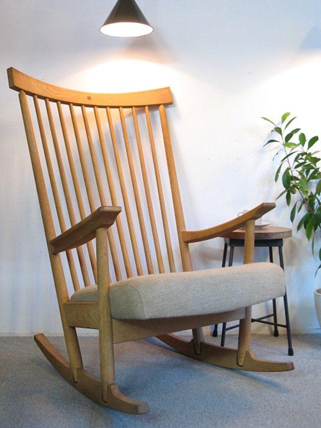 【アンティーク 古道具 JIKOH】旭川家具 CONDE HOUSE HOCK渡辺 力 名作 リキロッカー ロッキングチェア【楽天市場】日本の名作チェアです。座り心地のよいロッキングは少ないんです。