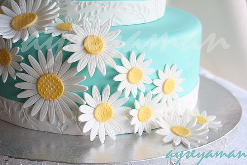 Tiffany Mavisi ve Papatyalı Pasta by ayse's cakes in new jersey, new york, via Flickr