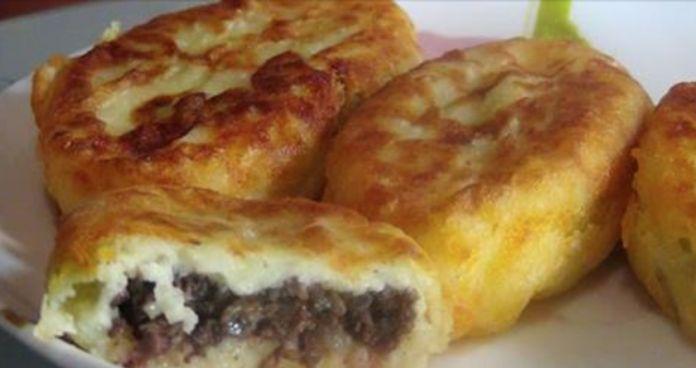 У нас получились нежные, очень вкусные и совсем бюджетные картофельные пирожки
