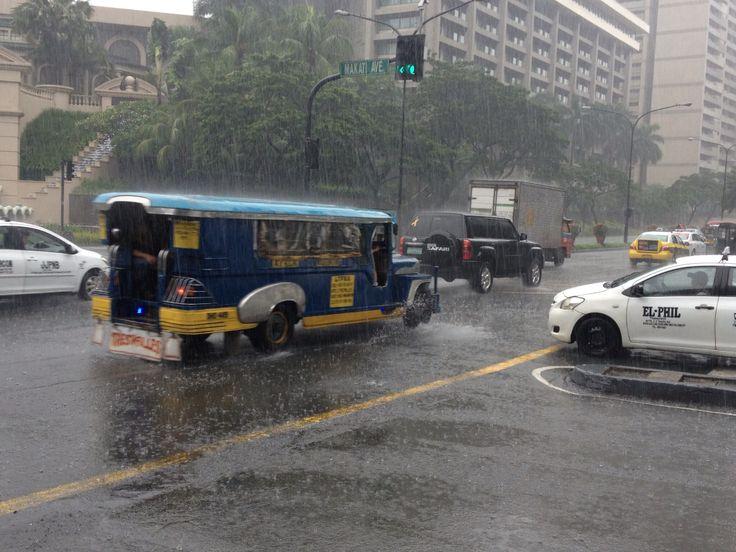 Manila, Filipinas by Marcela