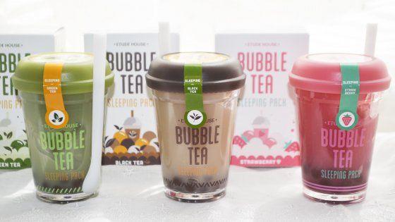 """Sbarca anche a Torino il tè con le """"perle"""" e i succhi di frutta: un sostitutivo del pasto che sfama, fa dimagrire e disintossica"""