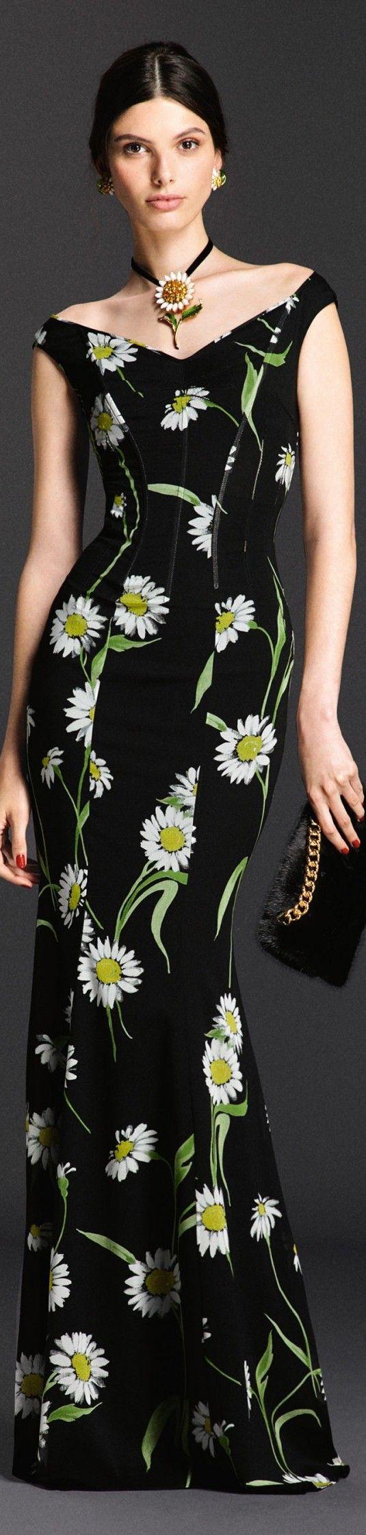 Dolce and Gabbana Summer - 2016                                                                                                                                                      Más