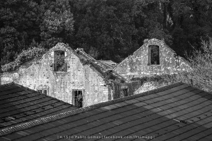 [2015 - V.N. Gaia - Portugal] #fotografia #fotografias #photography #foto #fotos #photo #photos #local #locais #locals #cidade #cidades #ciudad #ciudades #city #cities #europa #europe #ruinas #ruins@Visit Portugal @ePortugal @WeBook Porto @OPORTO COOL @Oporto Lobers