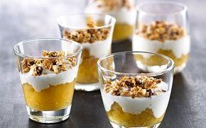 Æbletrifli med ingefær, vaniljecreme og sprød topping En gammeldags trifli er en skøn dessert. Her er den i en mere mager udgave med ingefær pift.