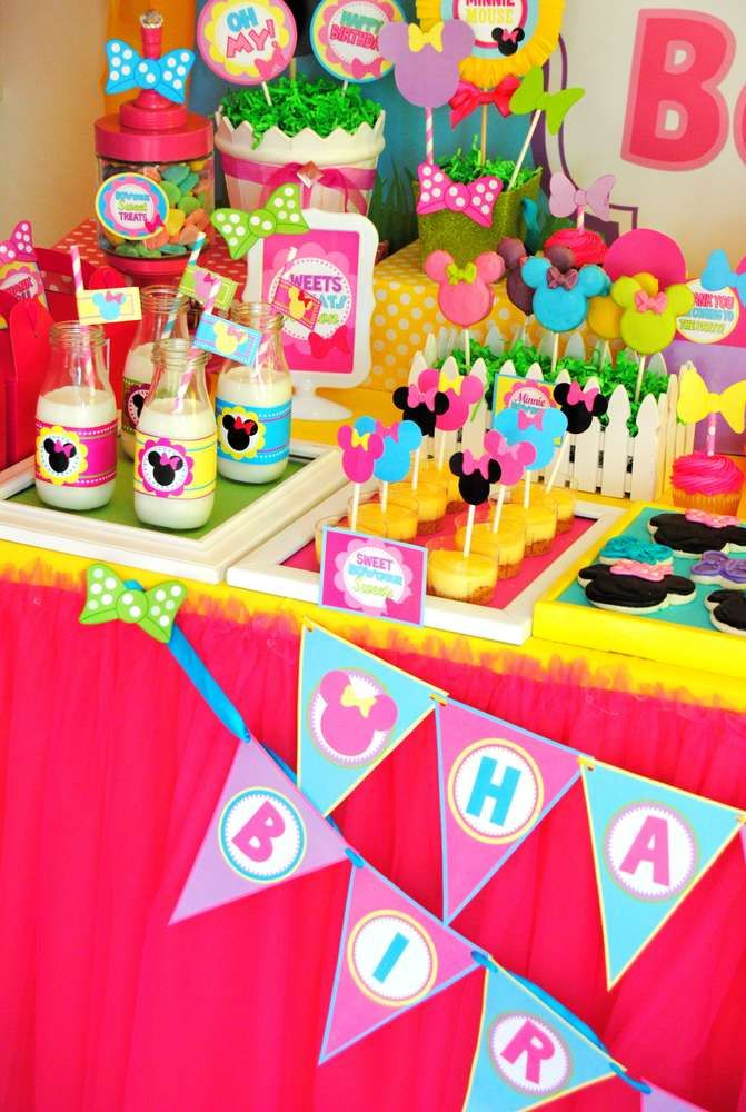 Minnie Mouse Birthday Party Ideas | Photo 4 of 74