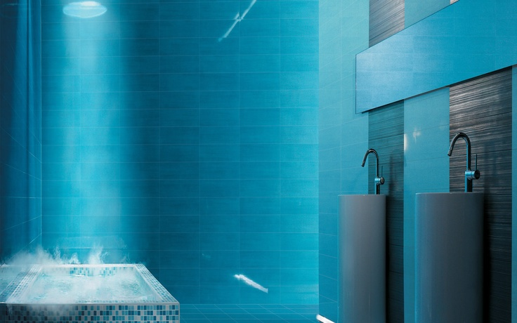 Collection: FAP Crea / Solution Stream Argento   These deep blue tiles create a rich, watery environment that's perfect for spas and resorts.