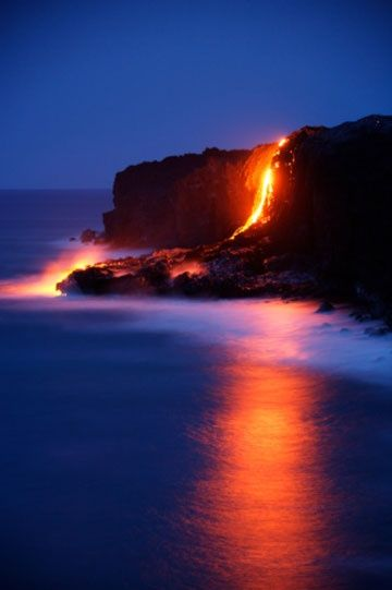 The volcanoes of Hawaii. One of the few   places on earth where you can find a scene like this.