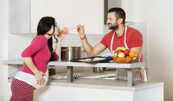 CLIQUE AQUI! Frutas e legumes ideais para comer durante a gravidez Comer durante a gravidez - A gestação é um momento especial na vida da mulher, no qual diversos cuidados em relação à saúde devem ser tomados com sabedoria. http://saudenocorpo.com/frutas-e-legumes-ideais-para-comer-durante-gravidez/