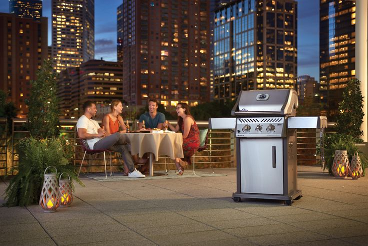 Get out there and go Rogue on your next meal. With affordable options and high quality standards, you can afford to grill different with the Rogue Gas Grill by Napoleon.
