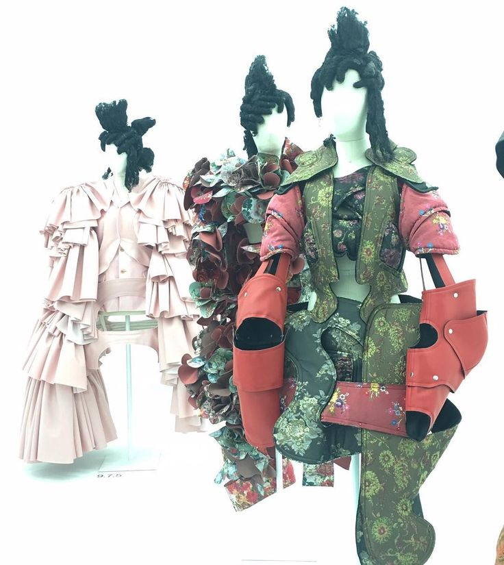 Extraordinary and completely bonkers - Rei Kawakubo at The Met 😻
