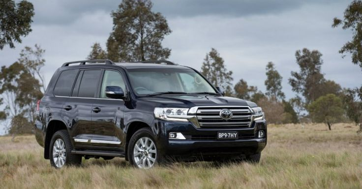 2017 Toyota Land Cruiser: A Large SUV True to Form
